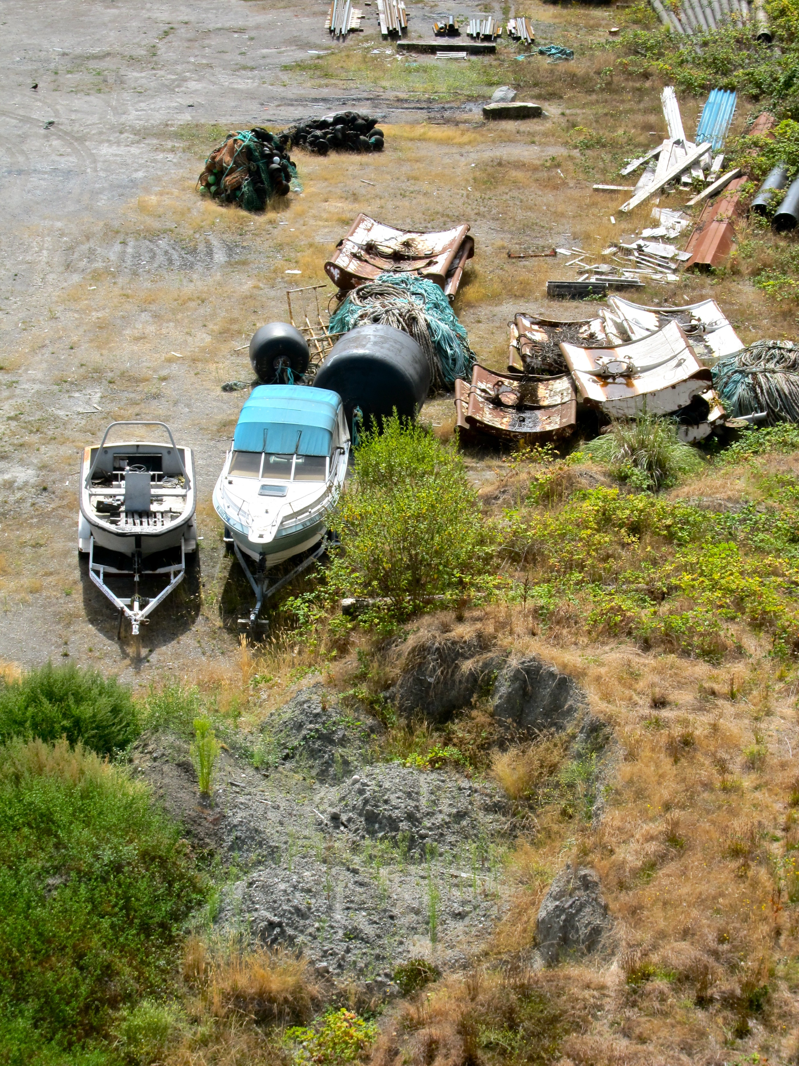Ship Junkyard, Magnolia Bridge